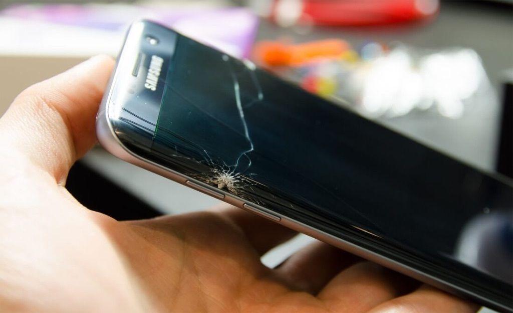روش های کاهش هزینه تعمیر ال سی دی گوشی سامسونگ