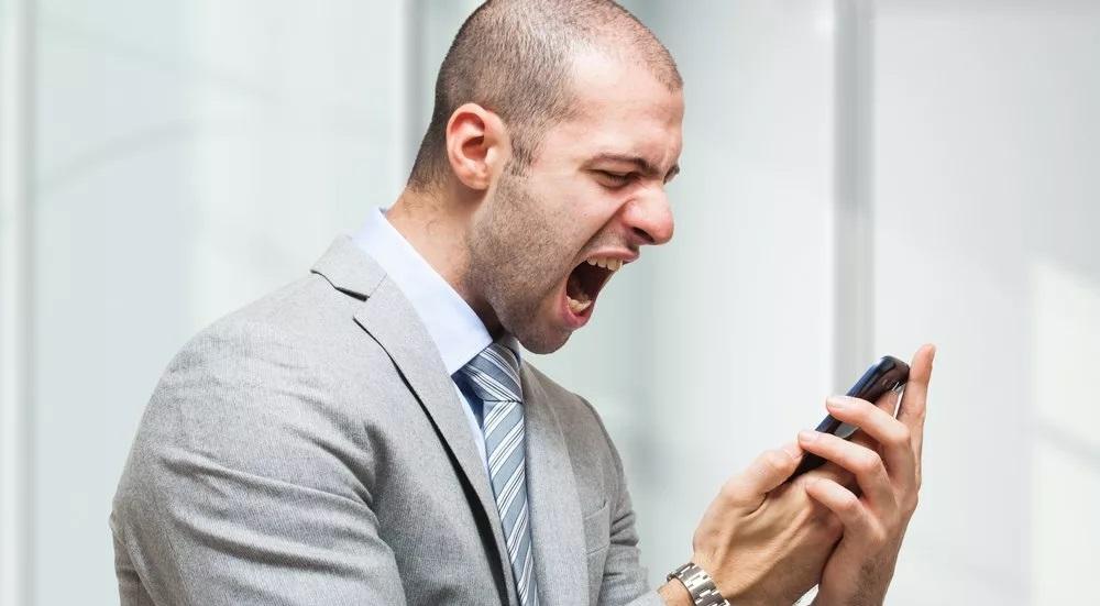 17 مشکل شایع در گوشی های موبایل + راه حل